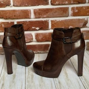 EUC Gianni Bini Brown Leather Booties 6.5